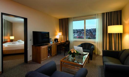 Maritim Hotel Stuttgart Junior Suite (Bild: Maritim Hotelgesellschaft mbH)
