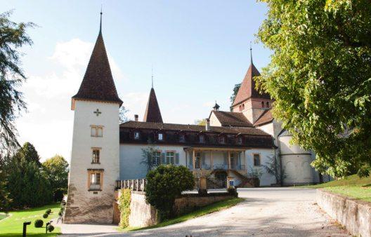 Auf den Spuren der Pilger in Freiburg (Bild: Schloss Münchenwiler)