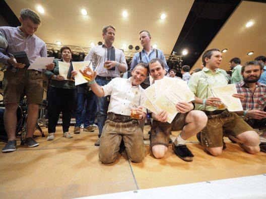 Auch heimische Senner aus dem Paznaun konnten die Jury mit ihren Produkten überzeugen.