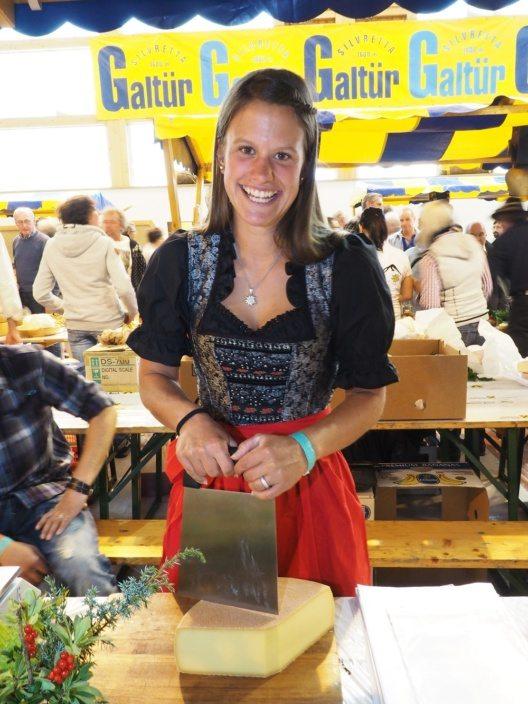 Den mehr als 3.500 Besuchern standen unzählige Käsesorten zum Verkosten bereit.