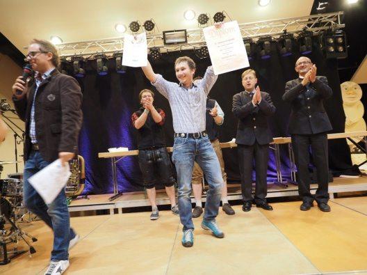 Der Tagesieg in der Kategorie Hartkäse ging an den Tobias Schweizer von der Alpe Unterdiedams, Österreich.