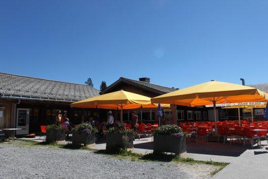 Bergrestaurant Chämistube, Grotzenbüel (Bild: © Braunwald-Klausenpass Tourismus AG)
