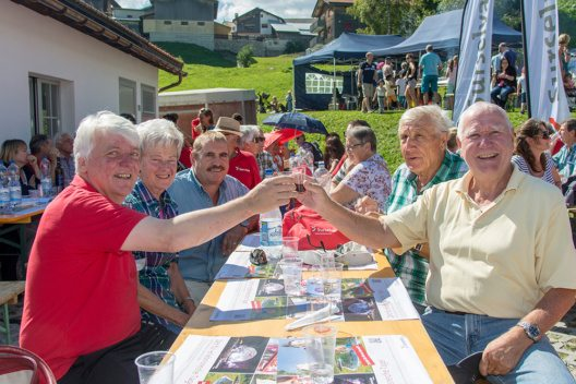 Surselva Tourismus kam mit seinen Gastgebern zu einem Besuch nach Zürich und lud Interessierte zu einem gemeinsamen Mittagessen ein. (Bild: © Surselva Tourismus)