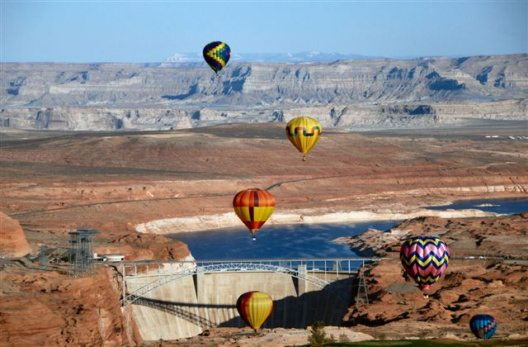 Ballon Regatta - Lake Powell