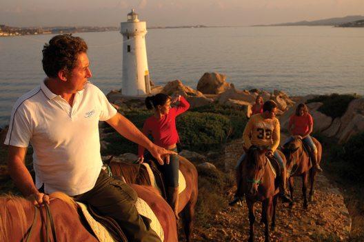 Cala di lepre (Horse-Riding) (Bild: © Delphina Hotels & Resorts)