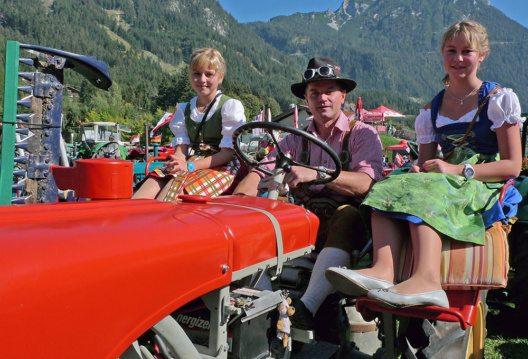 Oldtimer und Traktorenfest in Maurach (Bild: © Achensee Tourismus)