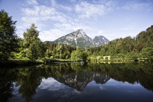 Salzkammergut – erfrischender Bergsee.