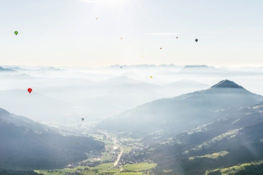 In den Kitzbüheler Alpen findet vom 24.09 bis 2.10 der LIBRO Ballon Cup statt. (Bild: Tropper Kurt)