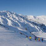 Schneeschuhwandern (Bild: © Lenk Simmental Tourismus - swiss-image.ch/Stefan Hunziker)