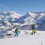 Skitour vor dem Wildstrubel (Bild: © Lenk Simmental Tourismus - swiss-image.ch/Stefan Hunziker)
