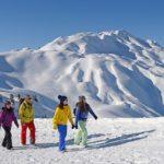 Winterwanderer (Bild: © Lenk Simmental Tourismus - swiss-image.ch/Stefan Hunziker)