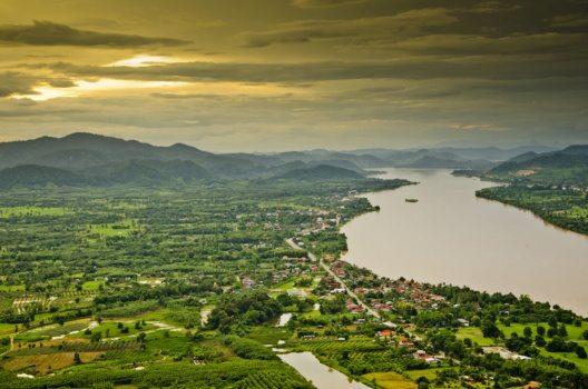 Mekong in Südostasien (Bild: Thanyapat Wanitchanon – Shutterstock.com)