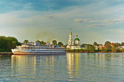 Wolga in Russland (Bild: BestPhotoStudio – Shutterstock.com)