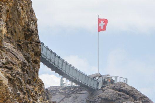 Walk by Tissot zieht die Gäste in Scharen an. (Bild: © MyImages - Micha - shutterstock.com)