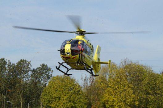 Helikopterflug über die bunten Tulpenfelder (Bild: © Jarretera - shutterstock.com)