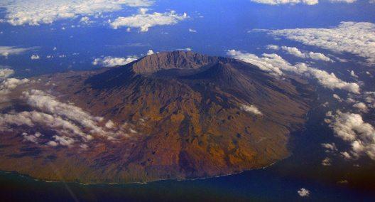 Insel des Feuers (Bild: © Wikipedia, Aldo Bien)