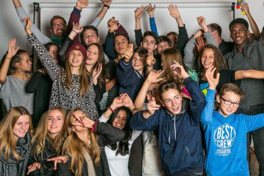 700 Jugendliche fahren ins Sport-Freizeitlager nach Fiesch. (Bild: Stadt Zürich)