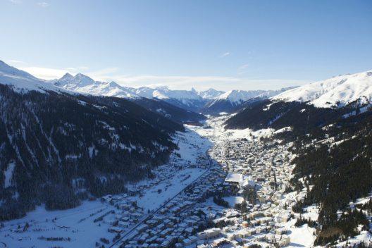 Aussicht über Davos (Bild: Destination Davos Klosters)