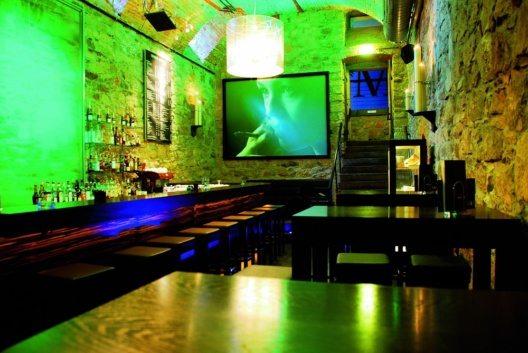 Das Hemingway im Best Western Hotel Victoria in Freiburg gehört zu den fünf besten Hotelbars in Deutschland, Österreich und der Schweiz.