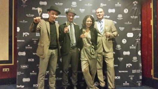 Die Mixology Bar Awards 2017 in Berlin sind verliehen worden: Über die Top-Platzierung des Hemingway in Freiburg freut sich das Barteam des Best Western Premier Hotel Victoria (v.l.n.r.) Amka Zsogt, Leonard Edelmann, Luisa Gogolla und Bar-Chef Stephan Bahr.