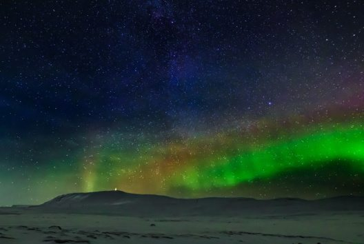 In Kanada werden Polarlichter als die Fackeln der Götter gesehen (Bild: Ragnar Th. Sigurdsson)