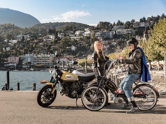 Werbebotschafter für die Ferienregion Ascona-Locarno - Christa Rigozzi und Gilbert Gress sind die Stars eines TV-Spots. (Bild: © Ascona-Locarno-Tourismus)