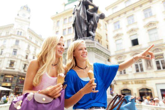 Gleichbehandlung bei touristischer Vermietung – Wien schafft mit dem Tourismusfördergesetz gleiche Rahmenbedingungen für Alle. (Bild: © amriphoto - istockphoto.com)