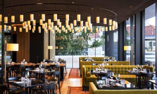 Restaurant mit kolonialen Einflüssen (Bild: Design Hotels)