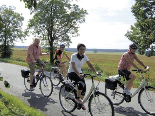 """Neue geführte Radreise """"Sächsische Flussfahrt - Auf Luthers Spuren""""."""