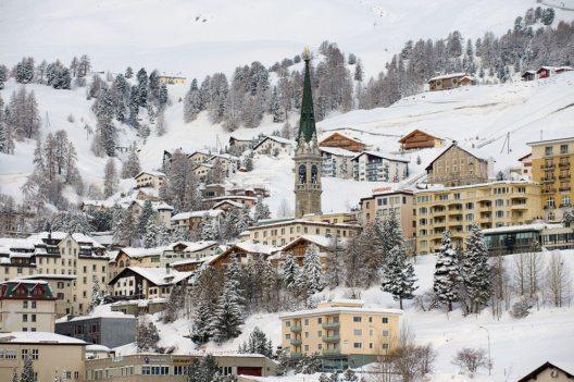St. Moritz im Winter (Bild: Dmitry Chulov – Shutterstock.com)