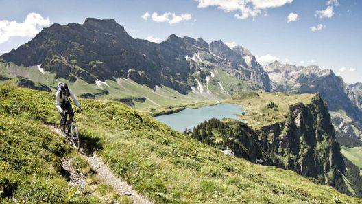 Region Engelberg Titlis im Sommer ( Bild: © Engelberg-Titlis)