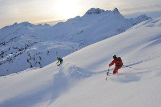 Freeriden zwischen Warth & Lech am Arlberg (Bild: © Sepp Mallaun)