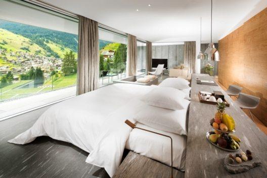 Room 7132 Hotel