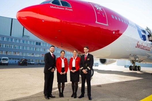 Edelweiss Flight Attendants mit neuen Uniformen