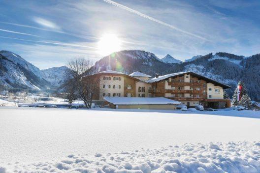 Landhotel Hohenfels Panorama im Winter (Bild: © Hotel Hohenfels)