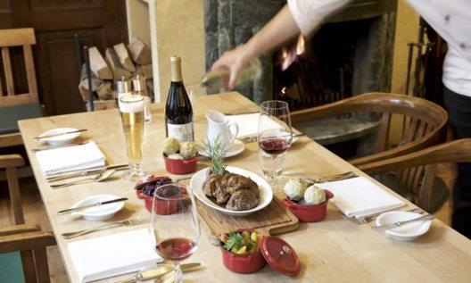 Der Sonntagsbraten erlebt in der Weinstube des Hotel Zumnorde in Erfurt durch die Kochkünste des Küchenchefs Andreas Müller eine Renaissance.