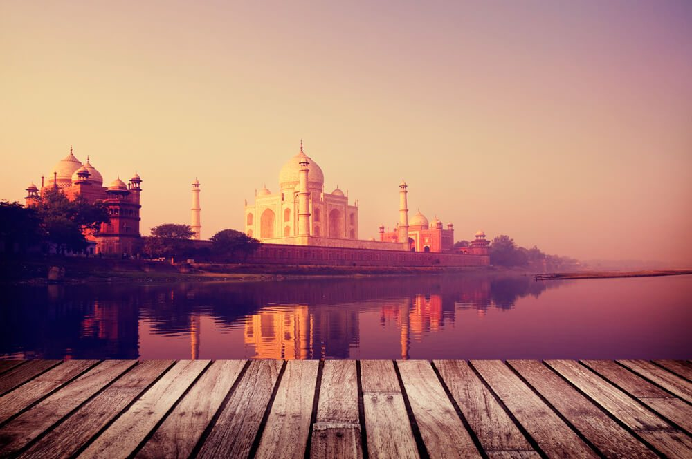 Abenteuer in Indien erleben (Bild: Rawpixel.com - shutterstock.com)