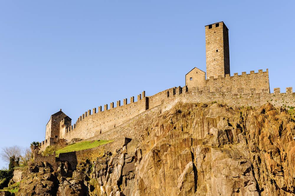 Castelgrande in Bellinzona (Bild: Anton_Ivanov - shutterstock.com)