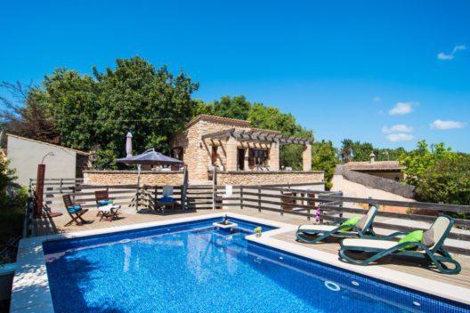 Unbeschwerte Finca-Ferien auf Mallorca (Bild: © fincallorca)