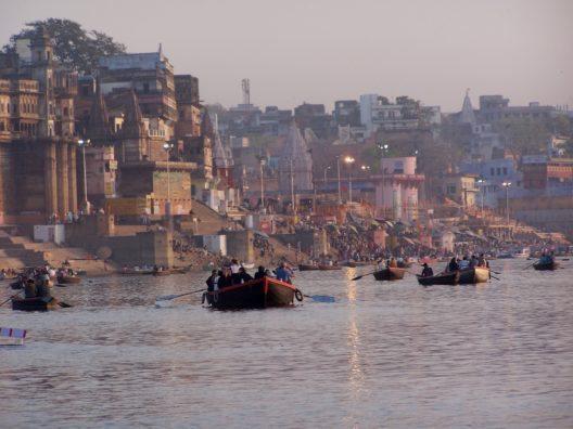 Der Ganges (Bild: © Dieter-Schütz - pixelio.de)
