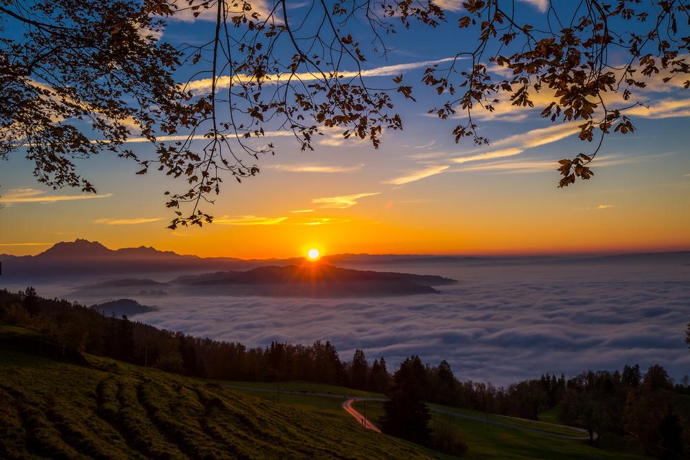 Romantische Idylle am Zugersee (Bild: gevision - shutterstock.com)