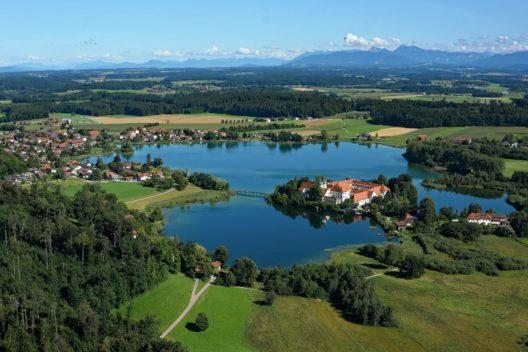 Seeoner See (Bild: © Chiemsee-Alpenland Tourismus)