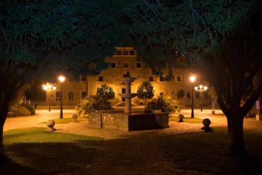 Kloster Lluc nachts (Bild: Pixabay)