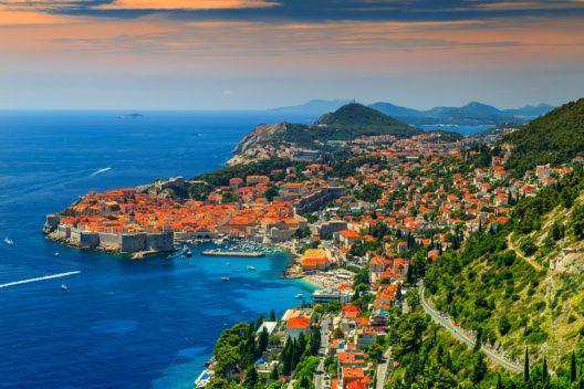Kroatien - ein beliebtes Reiseziel. (Bild: © Gaspar Janos - shutterstock.com)