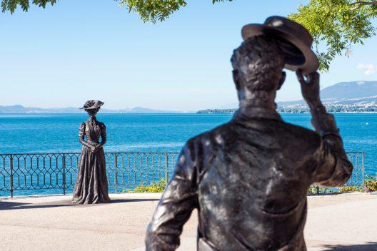 Belle-Epoque-Statuen beim Quai Ostervald (Bild: Stefano Lori / Tourisme neuchâtelois)