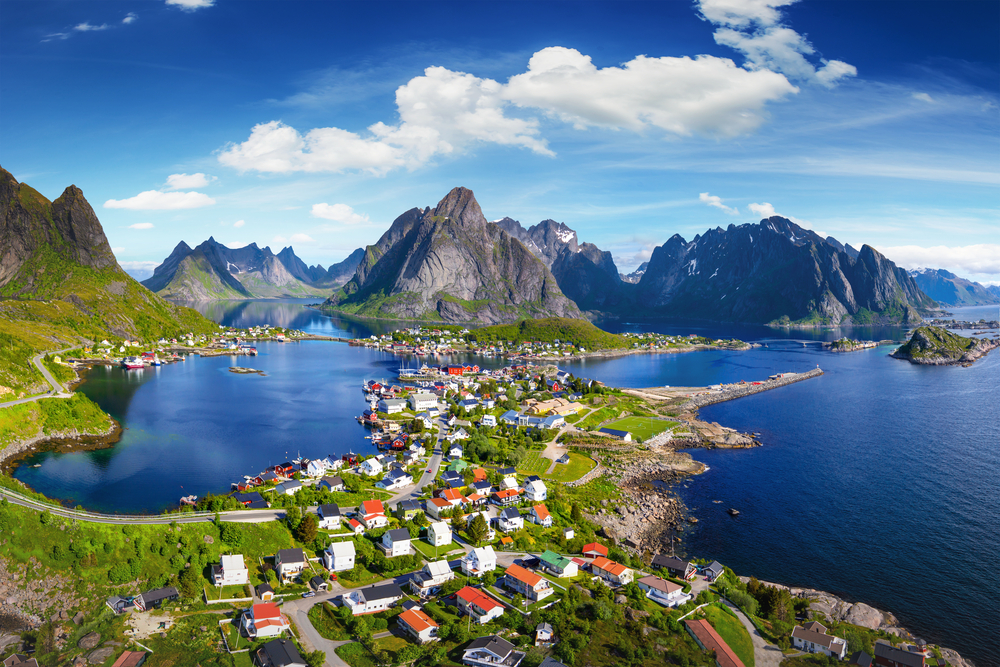 Reine, Lofoten, Norwegen (Bild: © IM_photo – shutterstock.com)