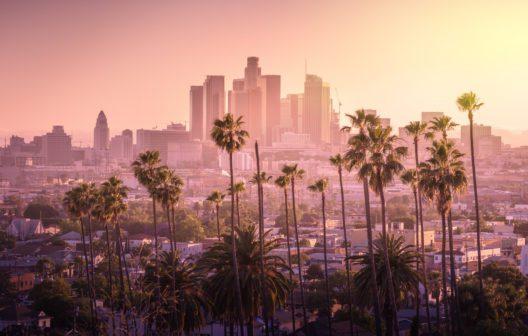 Sonnenuntergang in Los Angeles (Bild: © chones / fotolia.de / #161668312)
