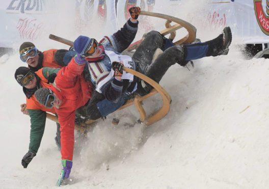 Hornschlittenrennen (Bild: © Markt Garmisch-Partenkirchen - Uwe Binnenbruck)