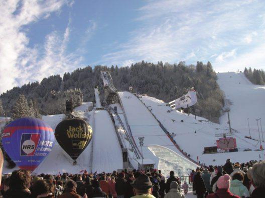 Neujahrsskispringen (Bild: © Markt Garmisch-Partenkirchen)
