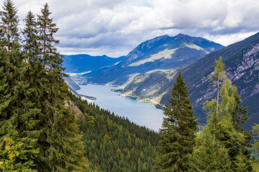 Der wunderschöne Achensee (Bild: Raymond Thill - shutterstock.com)